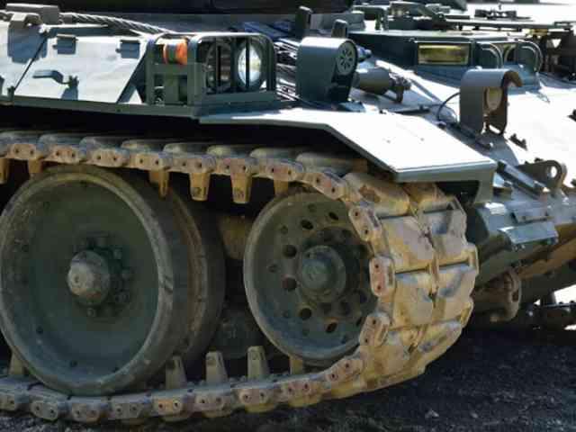 元自衛隊員の体験、もし戦車が来たら貴方はどうしますか?!
