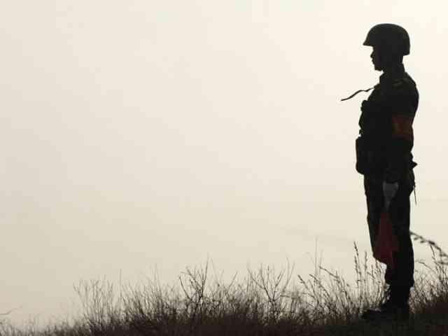 中国のお国事情、軍人も楽じゃない!
