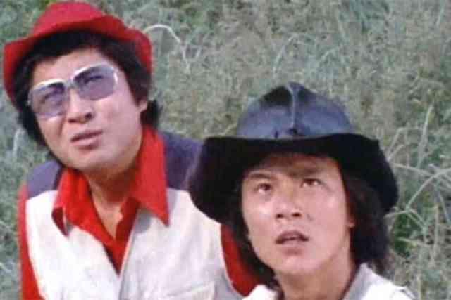 霧島五郎と主人公の静 弦太郎