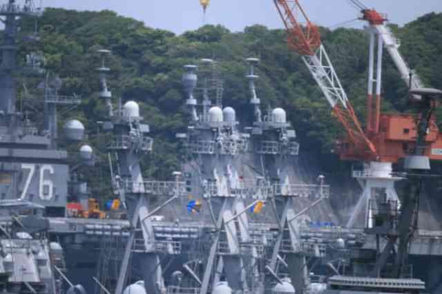 動く町と働く私。米海軍空母艦乗船日記