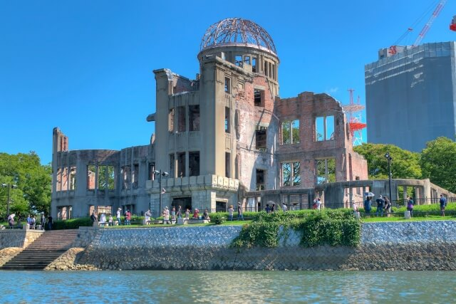 日本に対する原爆投下の真の理由とは?