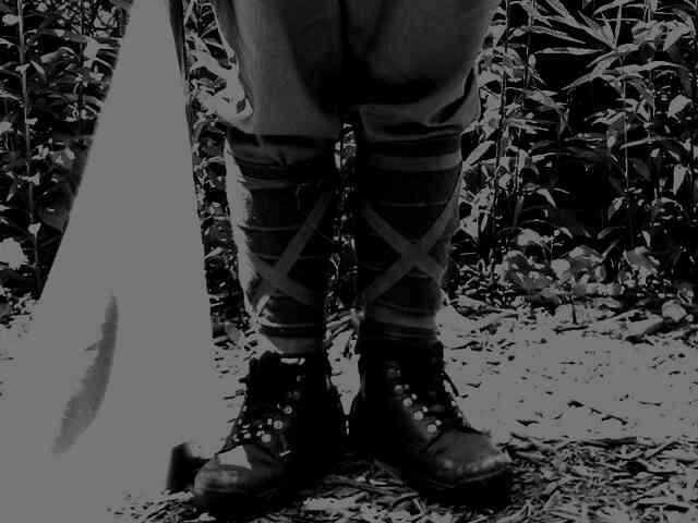さまよう軍靴? 深夜の山にて?