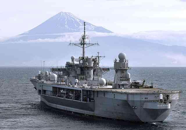 横須賀が母港!アメリカ海軍 第七艦隊旗艦ブルーリッジ