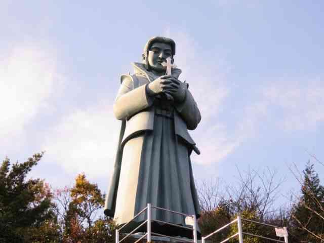 天草四郎石像